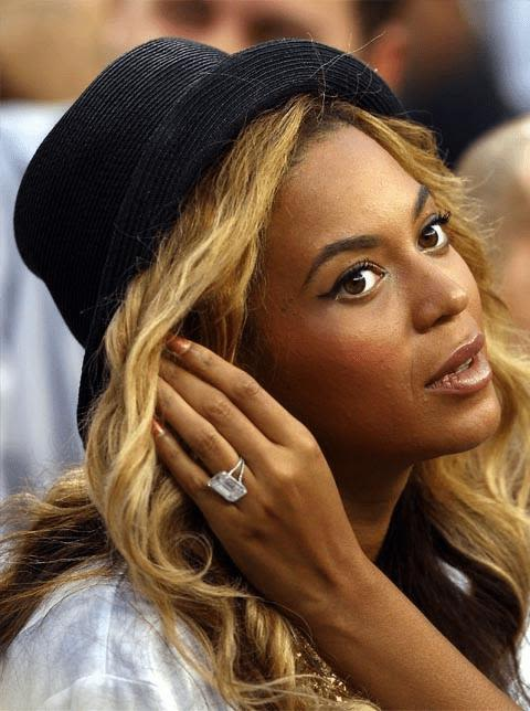 Beyonce's solitaire diamond ring