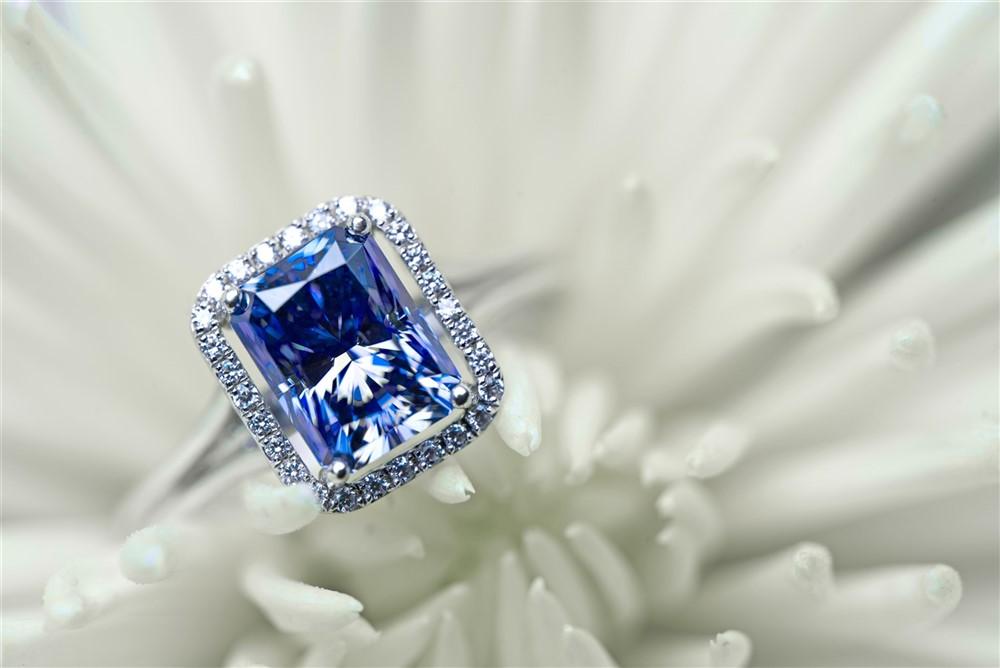 sapphire engagement ring .jpeg
