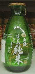 Hakutsuru (White Crane) Tanrei Junmai Sake