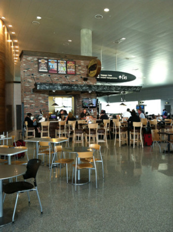 Cigar City Airport Pub - Airside C