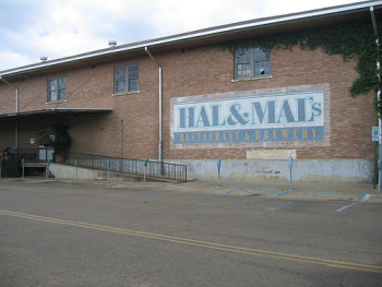 Hal and Mal's Restaurant and Brewery