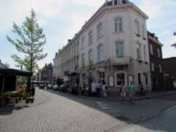 Hotel and Tapperij de Poshoorn