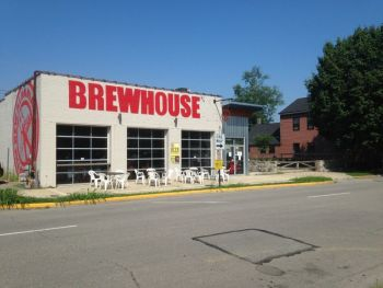 New Albanian Cafe & Brewhouse