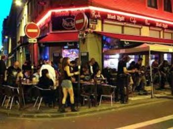 Le Black Night Rock Café
