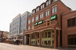 401 Main Street