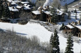 La Maconnerie Ski-in Ski-Out Home