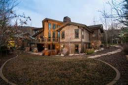 Amazing 6 bedroom Solamere Home