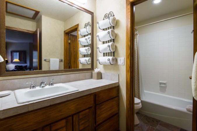 Queen Esther condo 3-bedroom+ Loft - Photo - 01