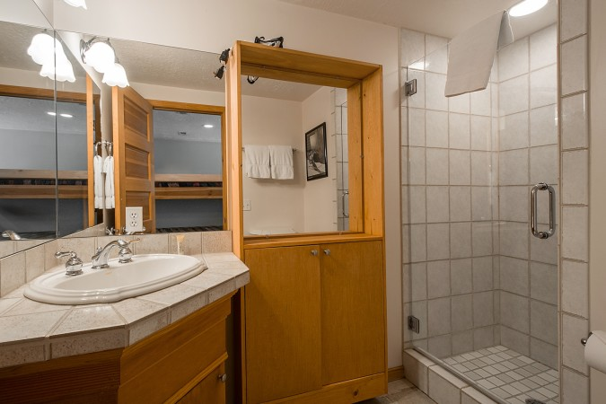 Park Ave 3-bedroom B - Photo - 01