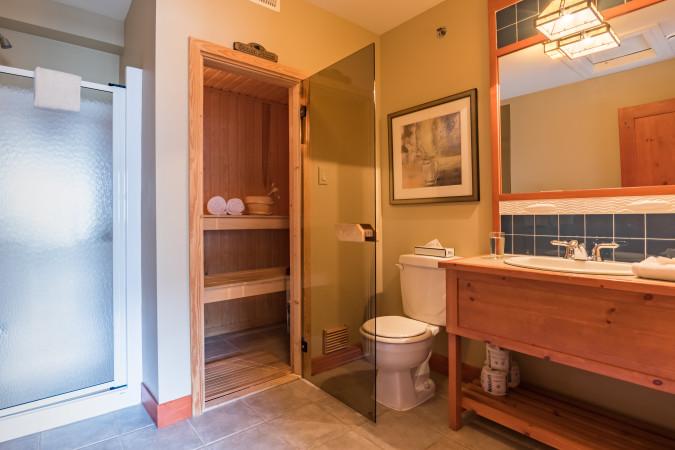Tremblant Les Eaux 201-5 - Master Bathroom