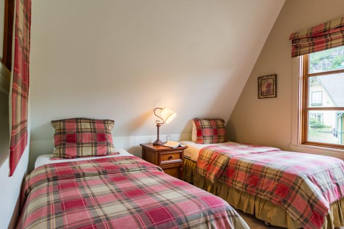 Le Plateau 212-6 - Bedroom Two