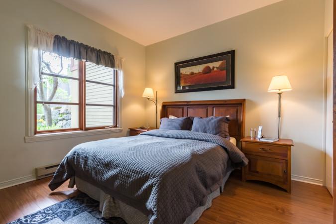 Le Plateau 218-3 - Bedroom