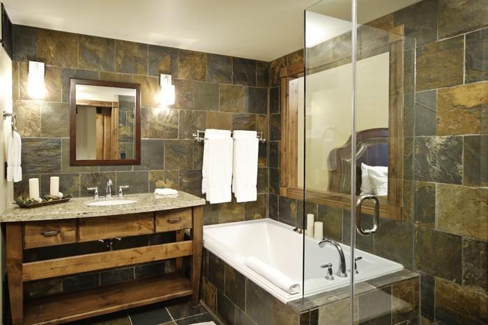 1-Bedroom Hospitality Suite - Full Bathroom