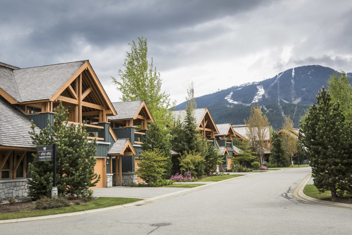Montebello rentals whistler for Montebello cabin rentals