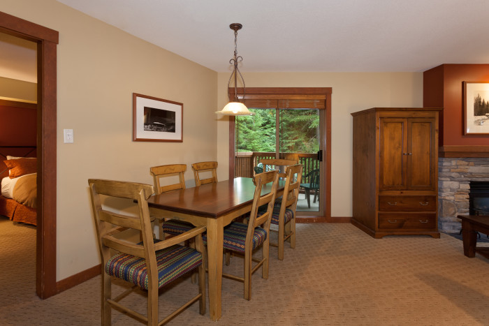 Horstman House - 3 Bedroom #402 - Photo - 01
