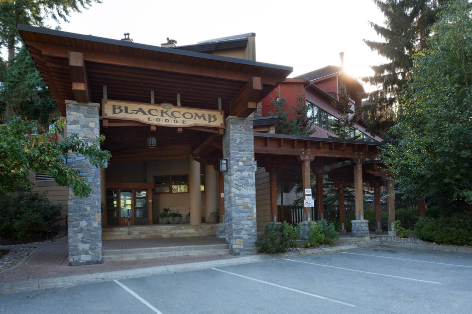 Blackcomb Lodge - Photo - 01