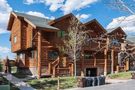Timberwolf Lodge 3-bedroom