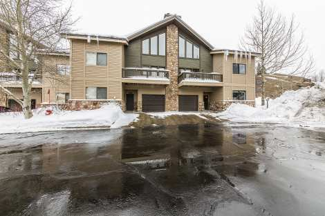 Aspenwood 3 Bedroom Townhome