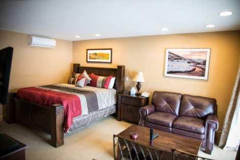 Treasure Mountain Inn - Junior Suite #42