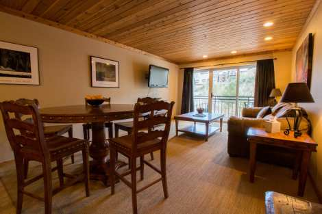 Treasure Mountain Inn - 1 Bedroom Condo #3