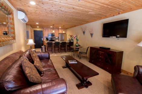 Treasure Mountain Inn - 1 Bedroom Condo #10