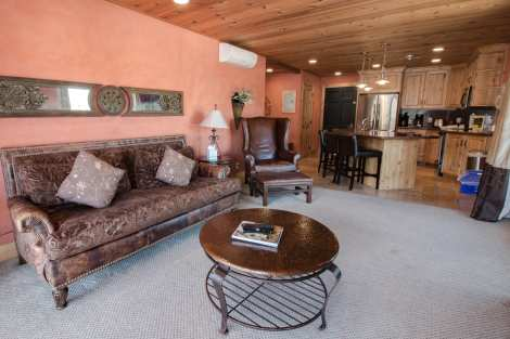 Treasure Mountain Inn - 1 Bedroom Condo #31