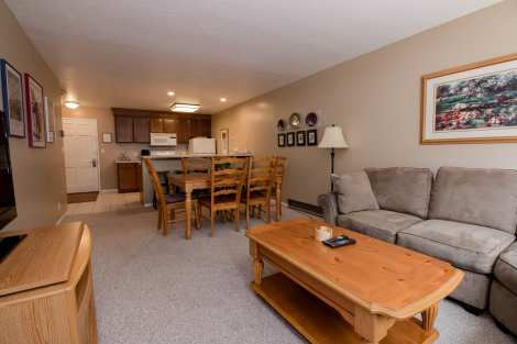 Treasure Mountain Inn - 2 Bedroom Condo #50