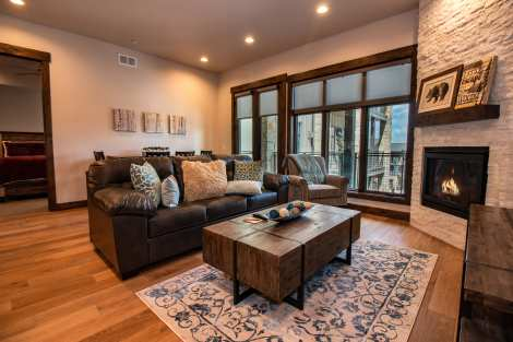 Blackstone 2 Bedroom Condo