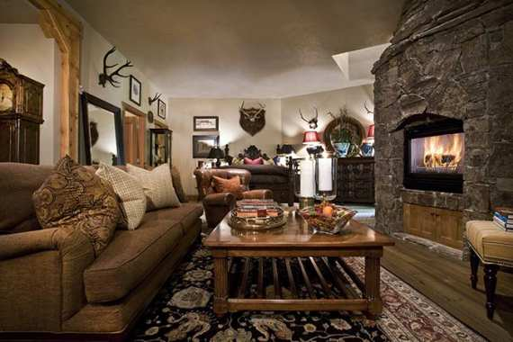 Barclay Butera Luxury Ski Retreat on Main St - Photo - 01