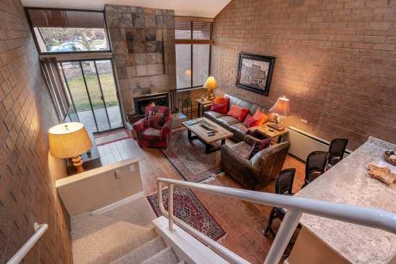 LivingroomF.jpg