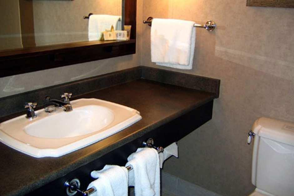 Blackcomb Lodge Hotel - Photo - 03