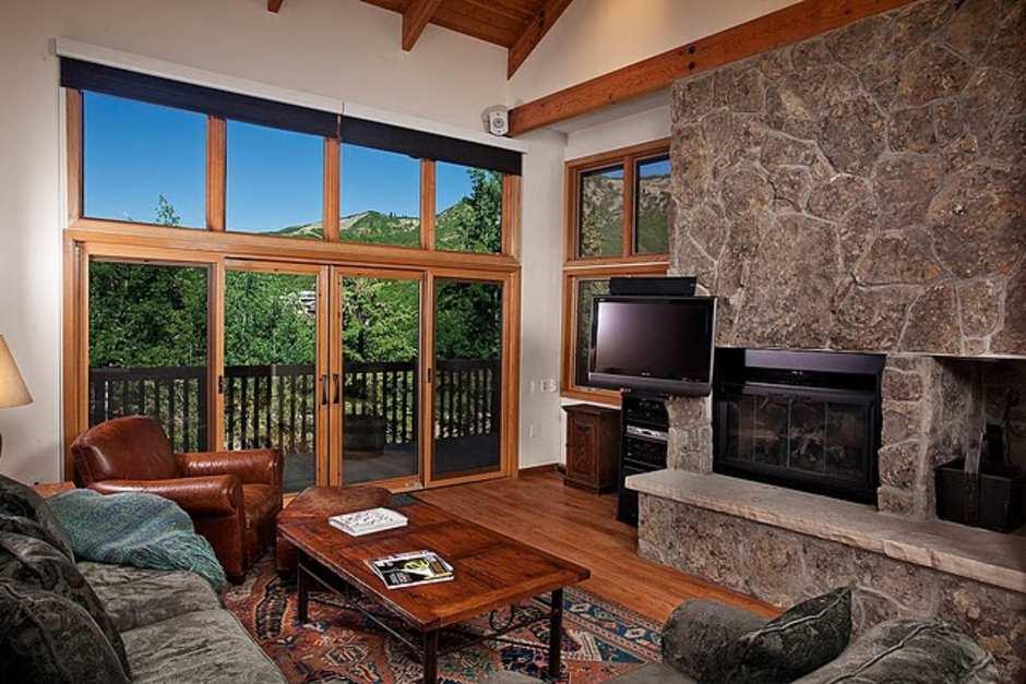 Ridge Condominium #27- 4 Bedroom - Photo - 01