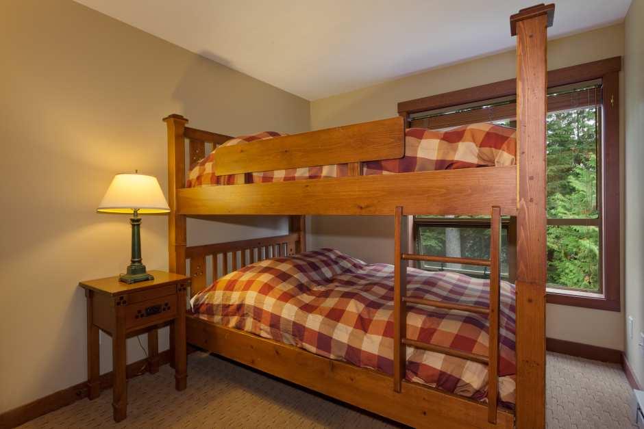 3-Bedroom #305 - Photo - 08