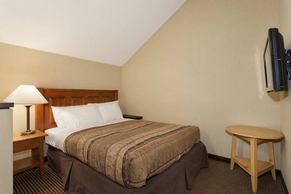 1 Bedroom + Loft - Photo - 08