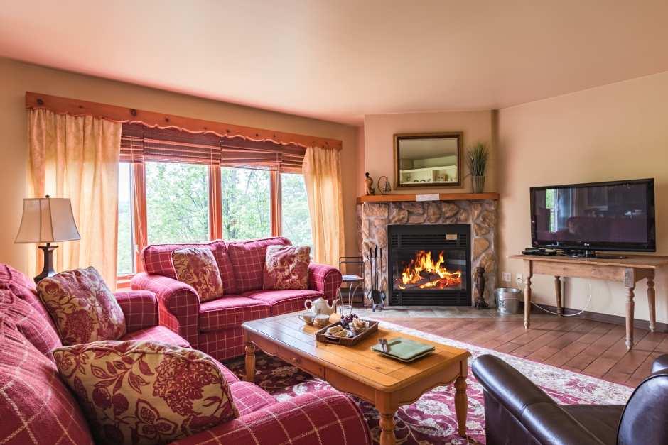 Les Haut-bois 197-6 - Living Room