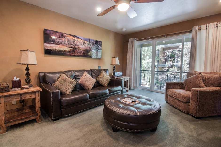 Unit# 30 Livingroom