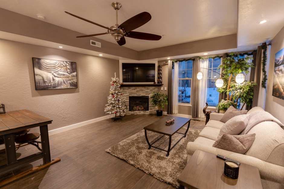 LivingroomA.jpg