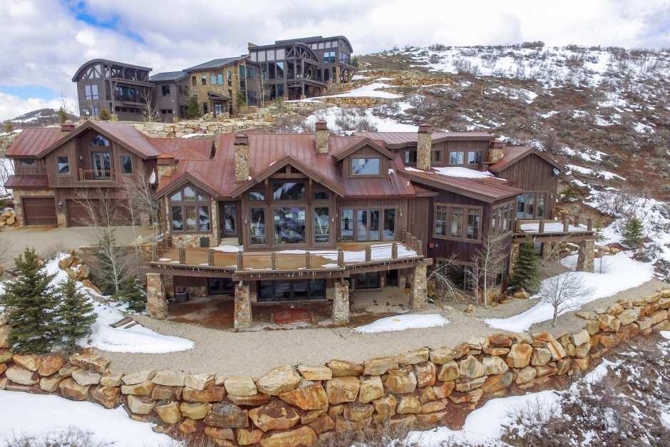 Snowtop Estate