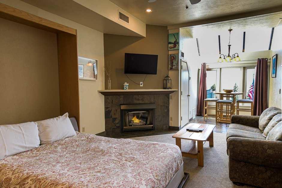 Lodge at Mountain Village Studio #150 - Photo - 01