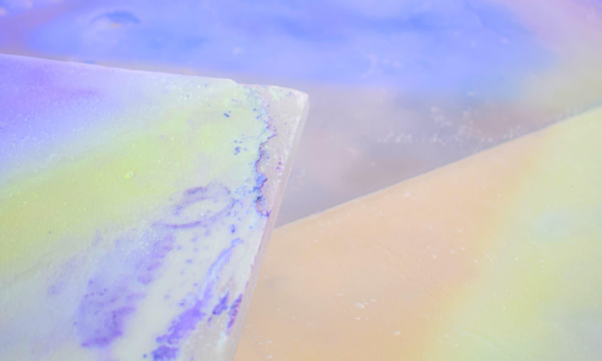 untitled (3 screens), 2020