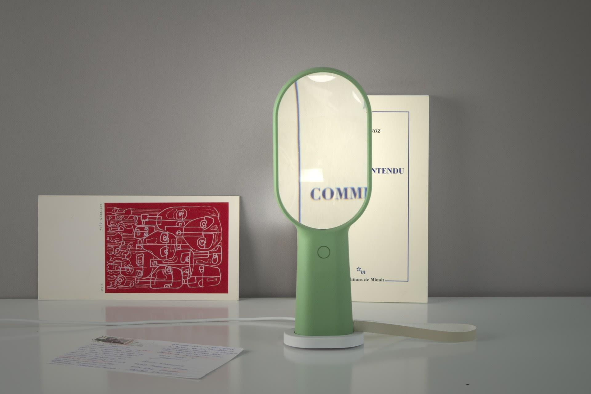 Familia Lamp