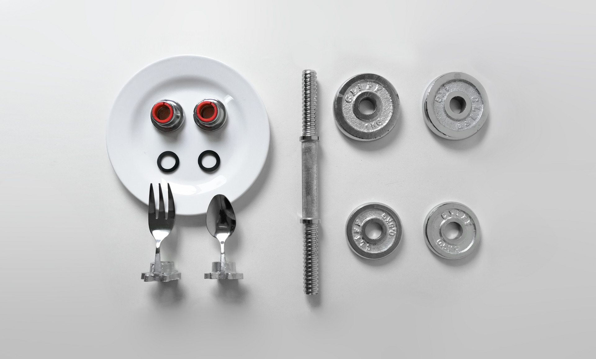 Components of dumbbell cutlery