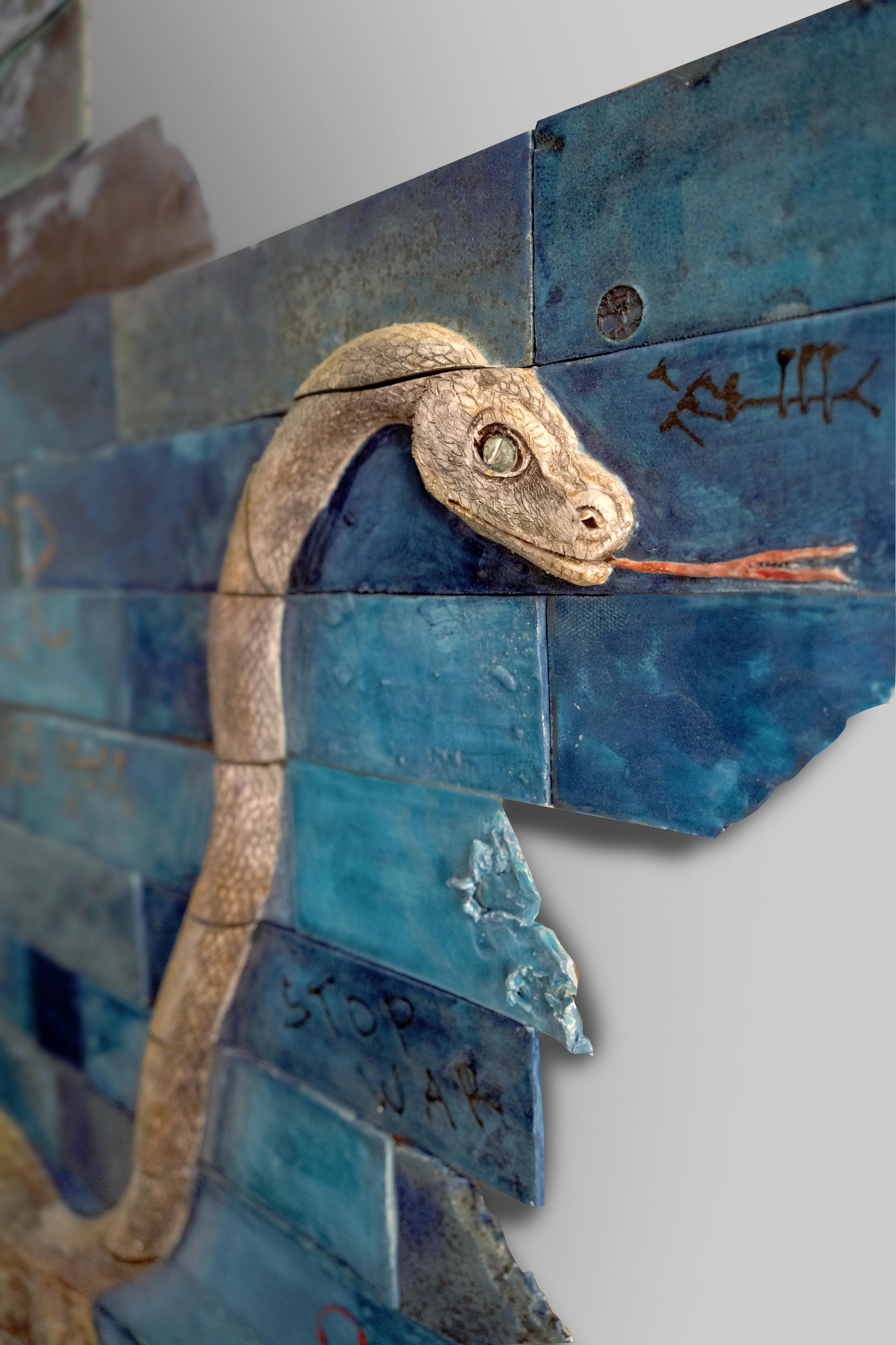 #Ruin's Riot: EXITIUM (fragment of the head of the snake)