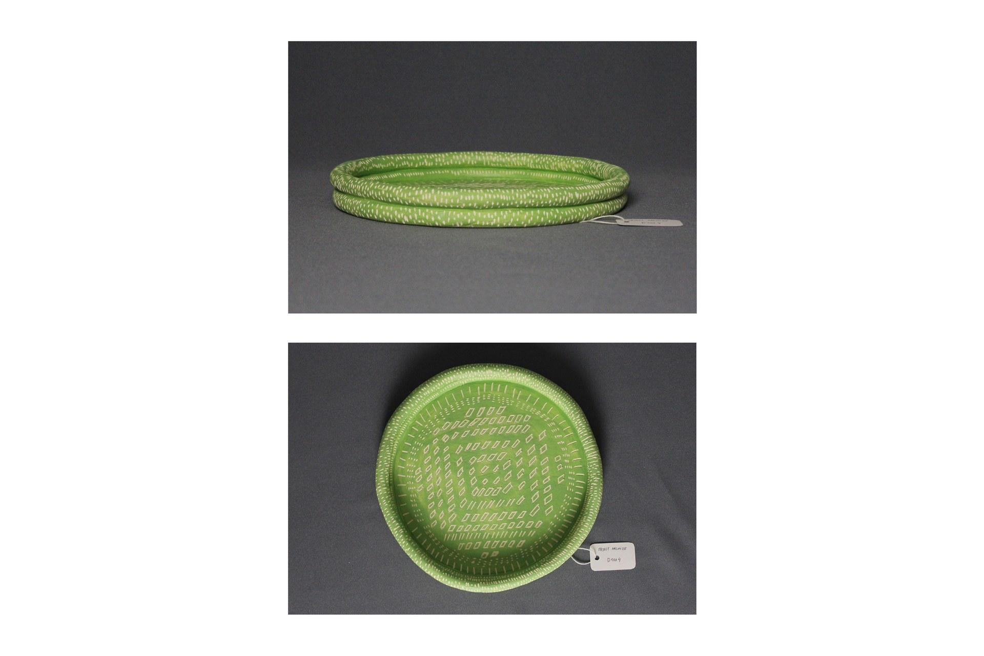 Object type: plate Archive number: D1003 Dimensions H: 3cm W: 25cm D: 25cm