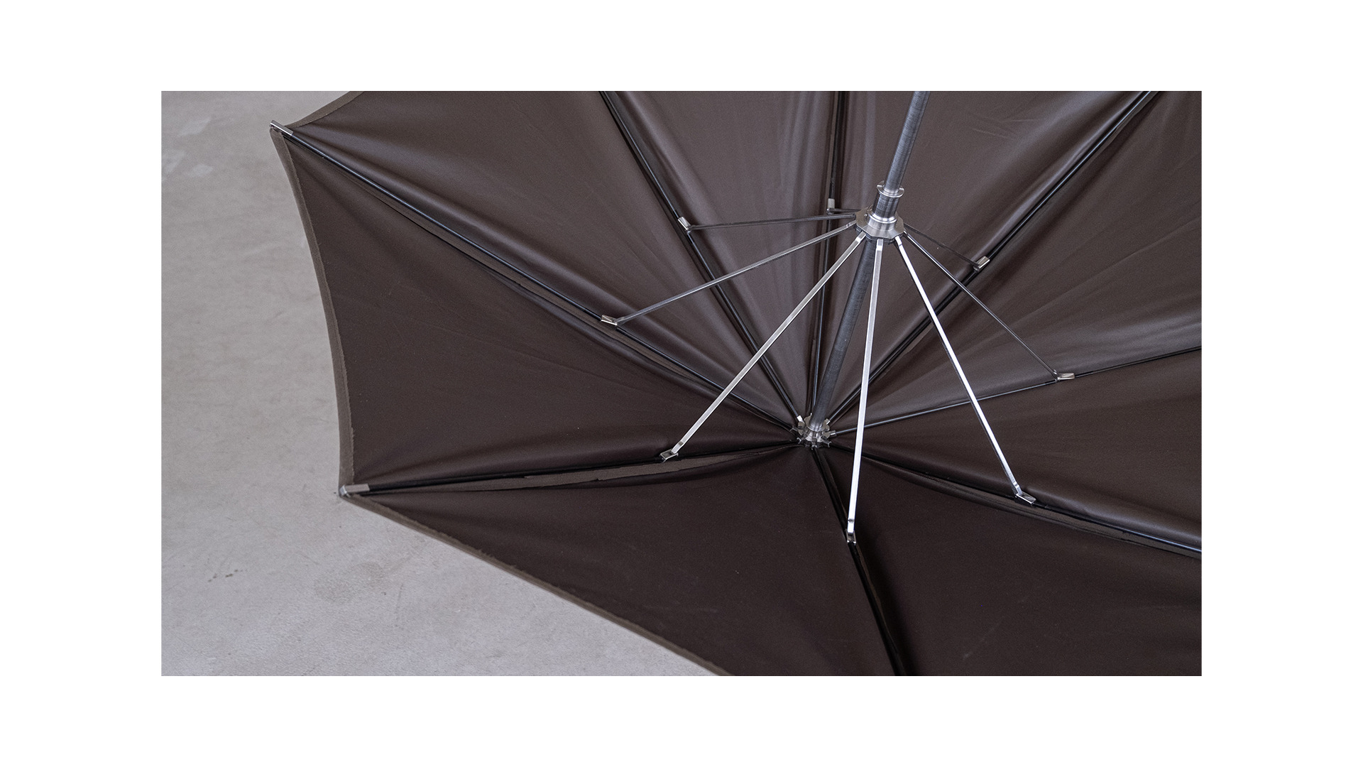 The canopy structure is supported by carbon fibre struts which are highly energy intensive yet very strong and light.
