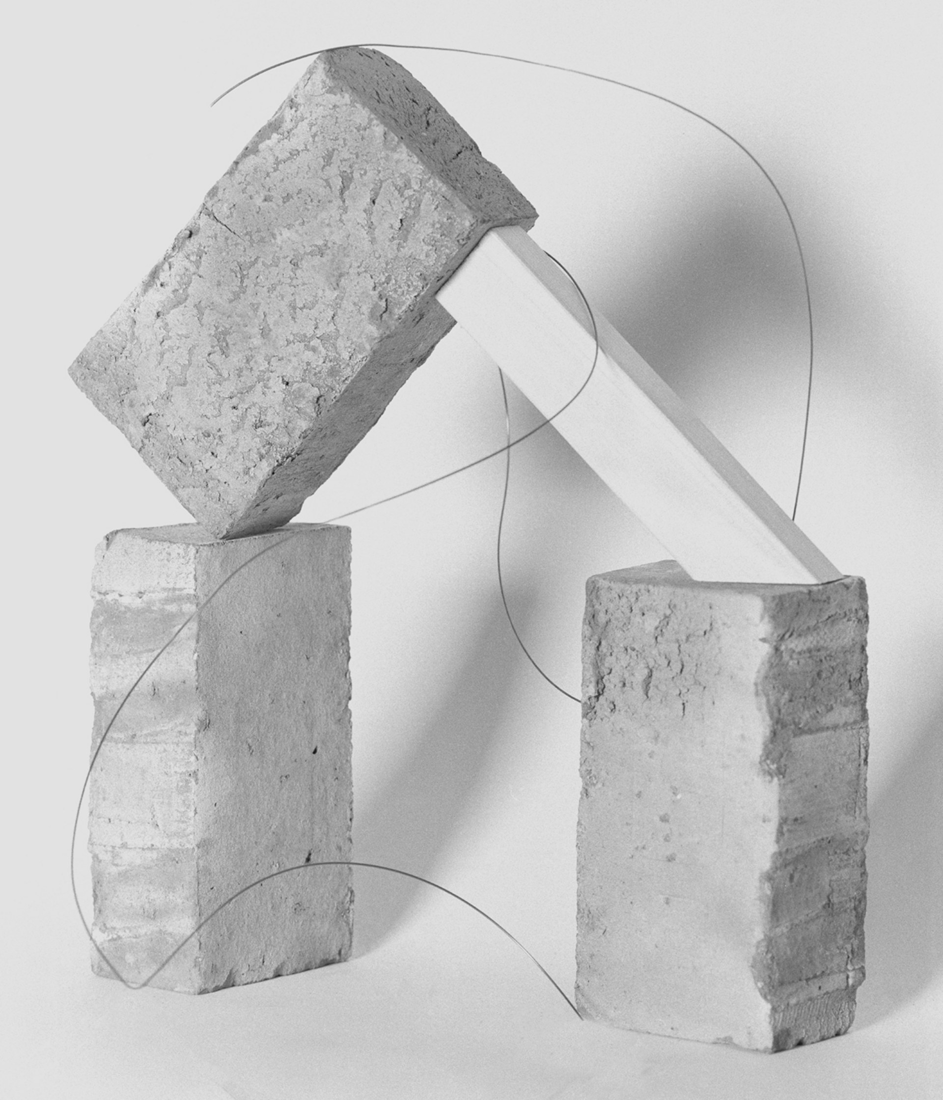 Construction (bricks, wire and wood), 2021 — 64x75cm, edition of 5 + 2AP