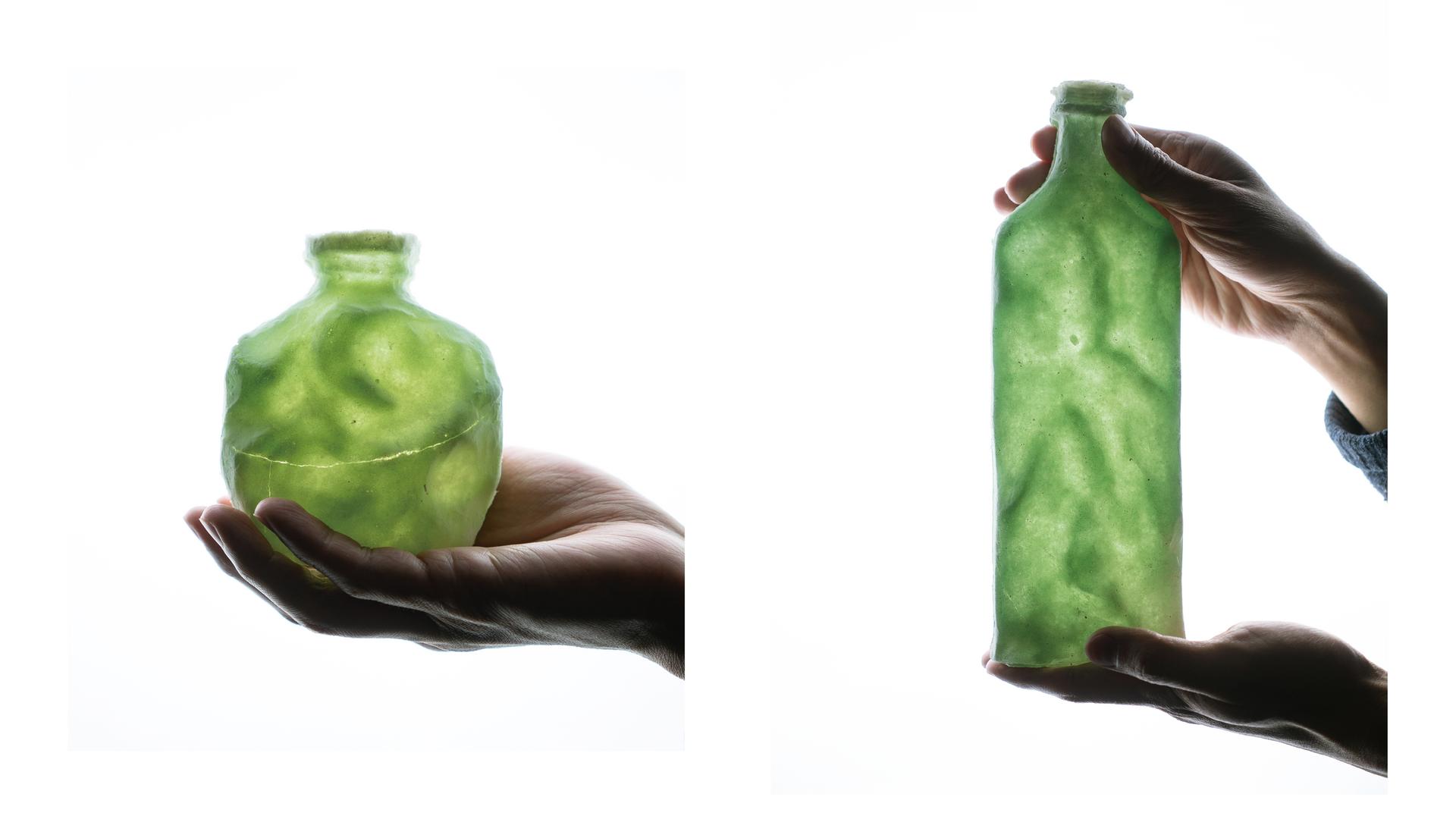 Green I, Pate de Verre, 11 x 9.5 x 5 cm ; Green II, Pate de Verre, 26 x 9 x 5 cm