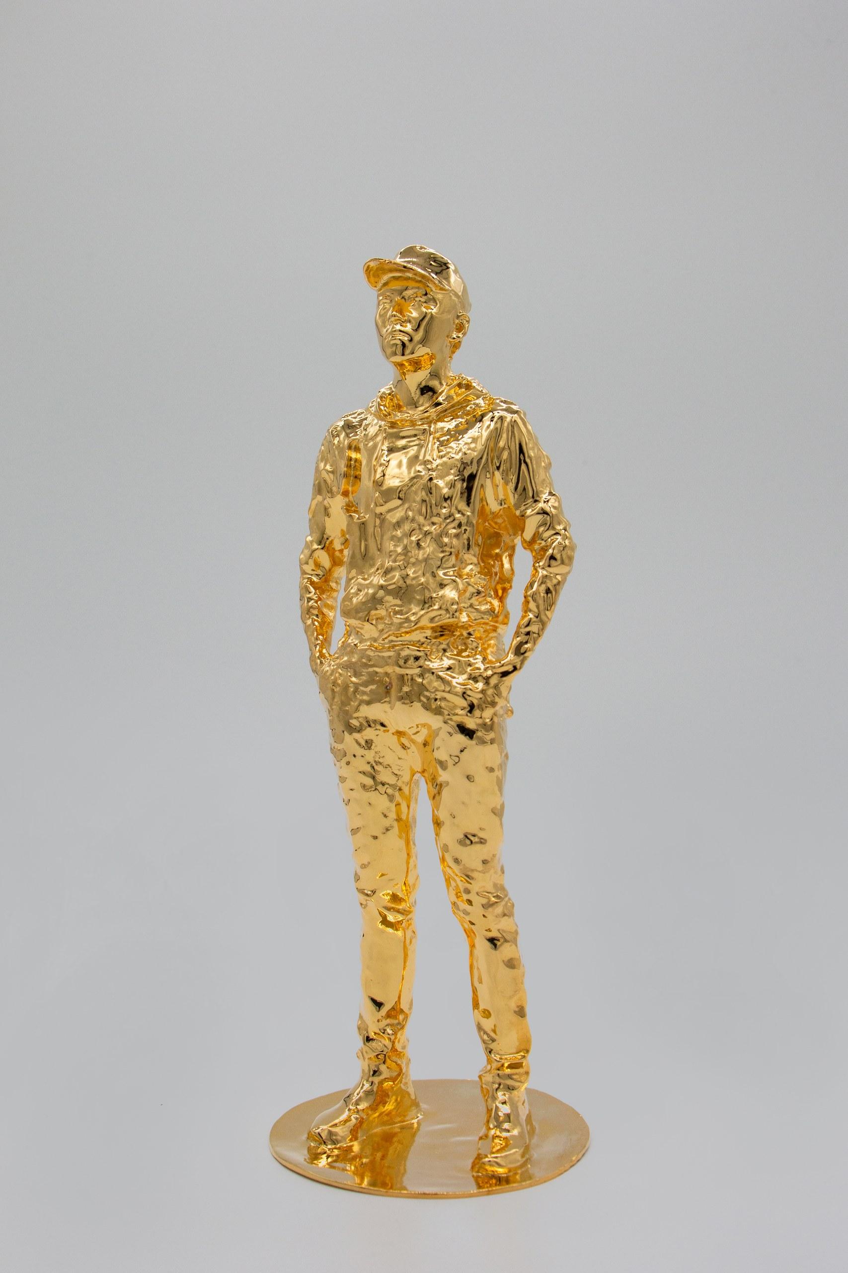 GOLDEN MAN-1