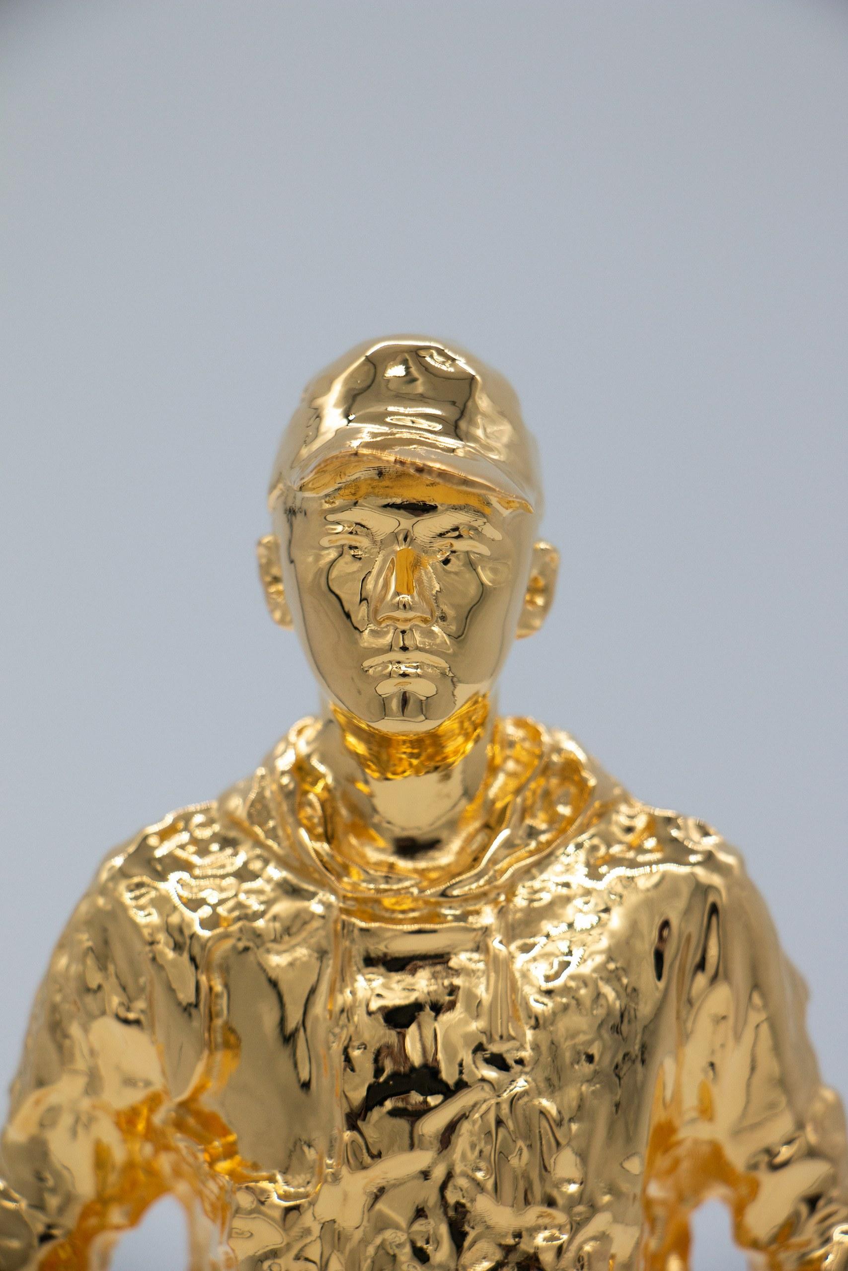 GOLDEN MAN-2