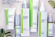 Monu-Skincare-Product_bgcri2